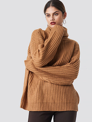 NA-KD Trend Big Chunky Knitted Sweater beige
