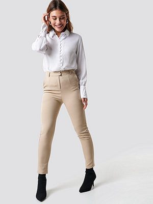 NA-KD Classic omönstrade byxor Tailored Straight Suit Pants beige
