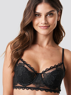 NA-KD Lingerie Floral Embroidery Cup Bra svart