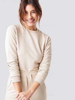 Pamela x NA-KD Round Neck Soft Sweatshirt beige