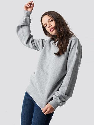 NA-KD Basic Basic Oversize Sweatshirt grå