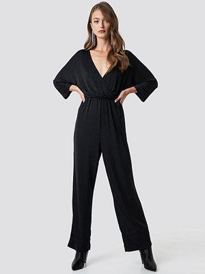 NA-KD Party Glittery Jumpsuit svart