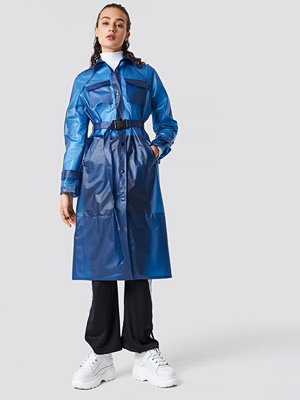 Astrid Olsen x NA-KD Rain Coat blå