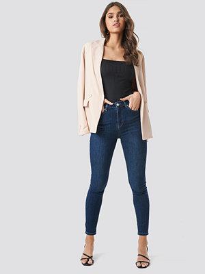 NA-KD Skinny High Waist Jeans blå