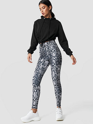 NA-KD Snake Print Leggings multicolor