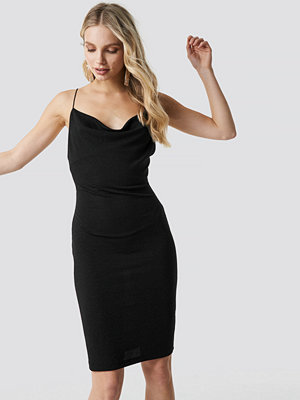 NA-KD Party Glittery Spaghetti Strap Dress svart