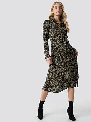 Trendyol Leo Printed Midi Dress - Midiklänningar