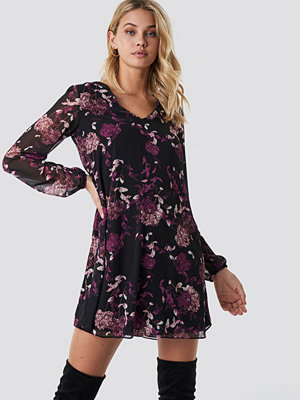 Trendyol Floral Patterned Mini Dress - Korta klänningar