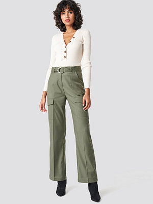 NA-KD Trend omönstrade byxor Patch Pocket Belted Pants grön