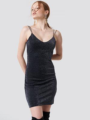 Trendyol Thin Strap Shiny Mini Dress svart
