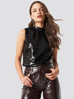 NA-KD Party Mock Neck Sequins Top svart