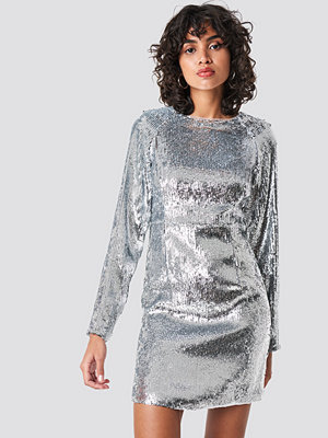 NA-KD Party Marked Shoulder Sequins Mini Dress silver