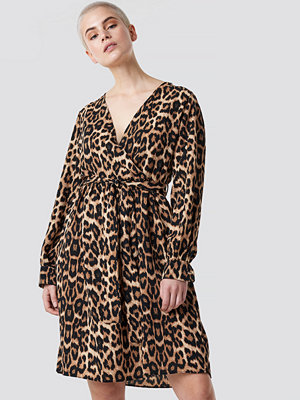 Trendyol Leopard Printed Double Breasted Dress - Midiklänningar