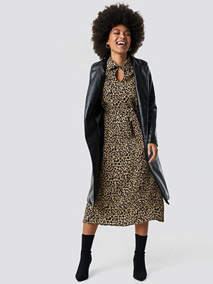 Trendyol Leopard Patterned Midi Dress - Midiklänningar