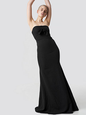 Trendyol No Shoulder Evening Dress svart