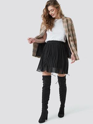 NA-KD Pleated Mini Skirt svart