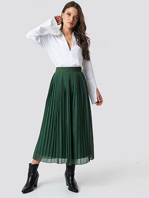 NA-KD Pleated Long Skirt grön