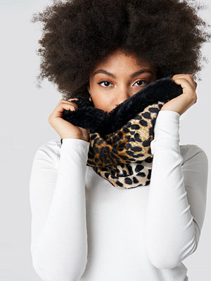Trendyol Leopard Patterned Neck Collar Scarf multicolor