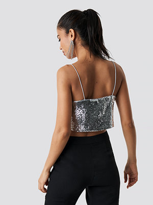 Hannalicious x NA-KD Cropped A-lined Sequin Singlet silver