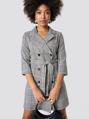 Trendyol Checkered Jacket Dress - Korta klänningar