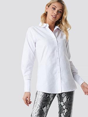 Anna Nooshin x NA-KD Wide Cuff Classic Shirt vit