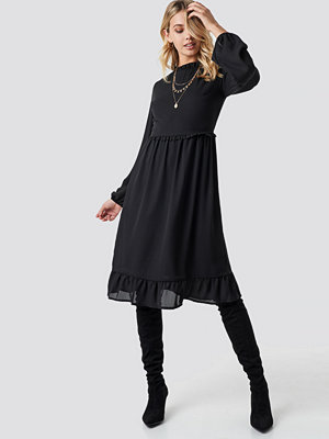 Trendyol Milla Ruffle Detailed Midi Dress - Midiklänningar