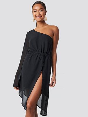 XLE the Label Marianna High Slit Dress - Festklänningar
