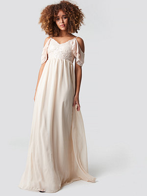 Trendyol Sequin Detailed Evening Dress - Långklänningar