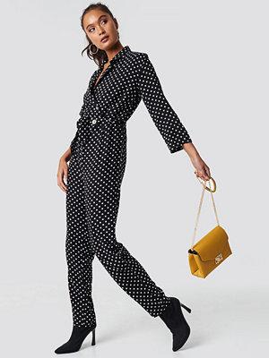 Trendyol Dot Patterned Jumpsuit svart