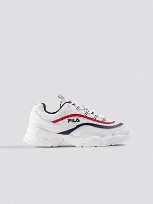 Sneakers & streetskor - Fila Ray Low Wmn Sneaker vit