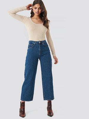 NA-KD Trend Loose Leg Jeans blå