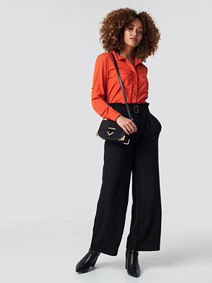 Rut & Circle svarta byxor Paperwaist Wide Pant svart