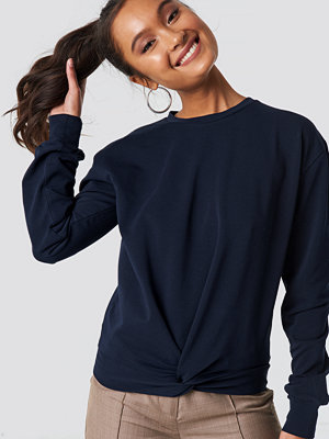 NA-KD Twisted Front Sweatshirt blå