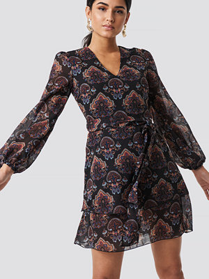 Trendyol Maya Printed Mini Dress - Korta klänningar
