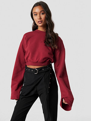 Tröjor - Ivana Santacruz x NA-KD Cropped Wide Sleeve Sweatshirt röd