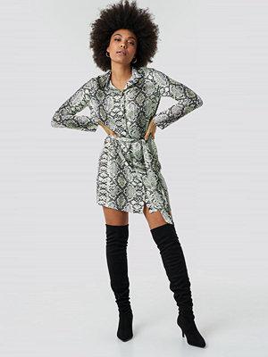 Trendyol Snake Waistband Detail Mini Dress - Korta klänningar