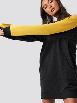 Ivana Santacruz x NA-KD Sweatshirt Dress svart
