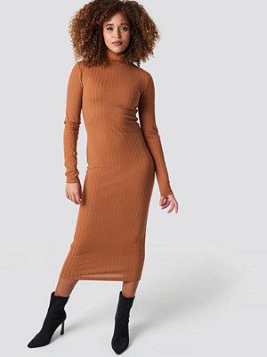 Statement By NA-KD Influencers Ribbed Polo Dress orange