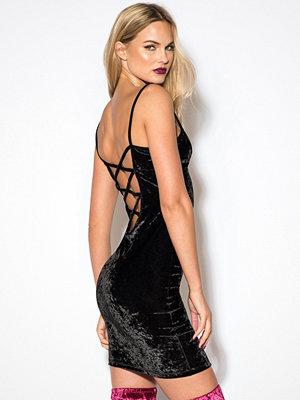 Rebecca Stella Crushed Velvet Dress svart
