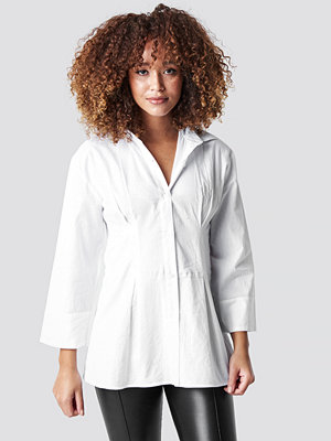 NA-KD Classic Pleat Detail Oversized Shirt vit