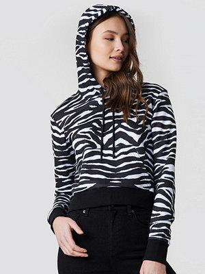 NA-KD Zebra Crop Hoodie svart vit