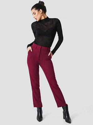 NA-KD Classic vinröda byxor High Waist Suit Trousers röd