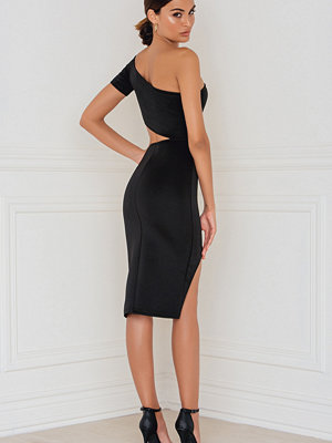 Rebecca Stella Off Shoulder Cutout Dress - Off Shoulder Klänningar