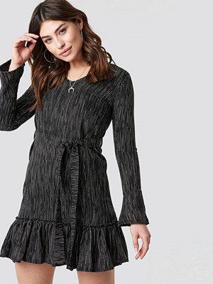 Trendyol Wasitband Detail Patterned Dress - Korta klänningar