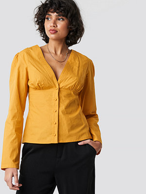 NA-KD Trend V-Neck Buttoned Front LS Top gul