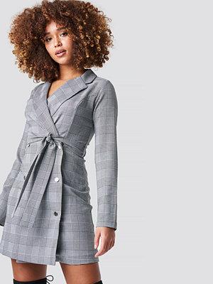 Trendyol Checkered Jacket Mini Dress grå