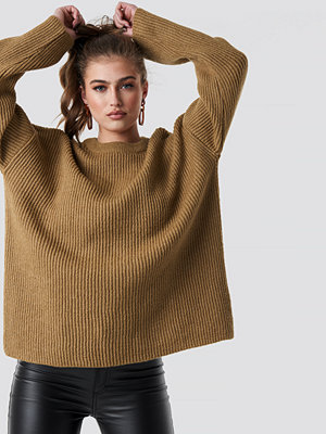 Statement by NA-KD Influencers Katarina Juric Knitted Sweater beige