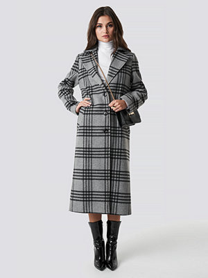 Julia Wieniawa x NA-KD Front Button Checked Midi Coat - Kappor
