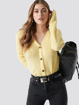 NA-KD Buttoned Knitted Cardigan gul