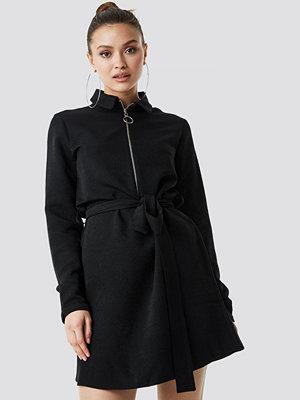 Trendyol Midi Zipper Dress - Korta klänningar